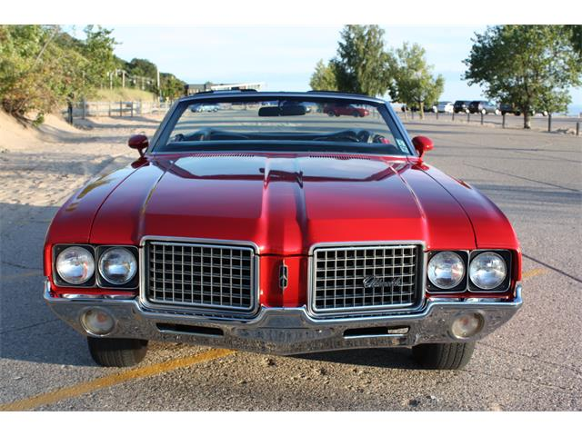 1972 Oldsmobile Cutlass Supreme | 876658