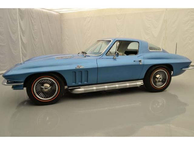 1966 Chevrolet Corvette | 876681