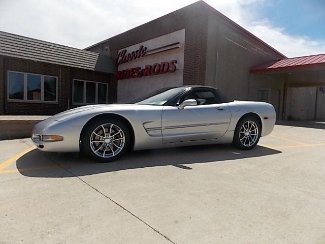 2002 Chevrolet Corvette | 876736