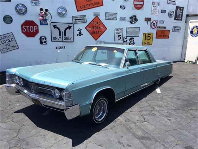 1967 Chrysler New Yorker | 876938