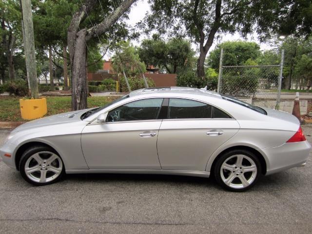 2007 Mercedes-Benz CLS-ClassCLS 550   877009