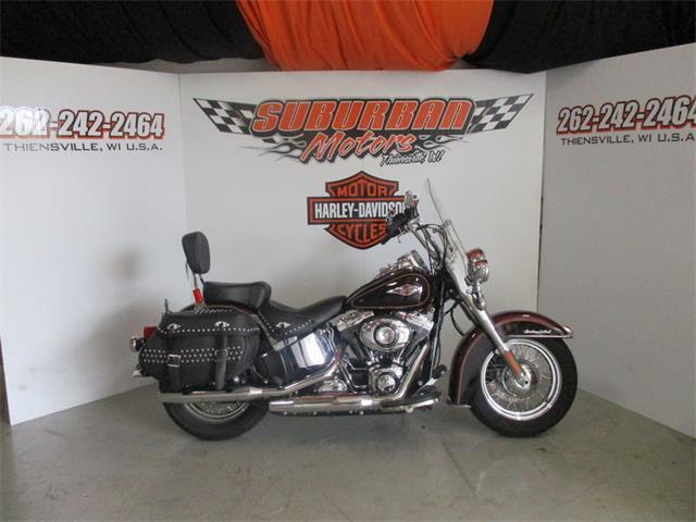 2015 Harley-Davidson® FLSTC - Heritage Softail® Classic | 877031