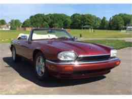 Picture of '95 Jaguar XJS located in Brookfield Wisconsin Offered by a Private Seller - ISS5