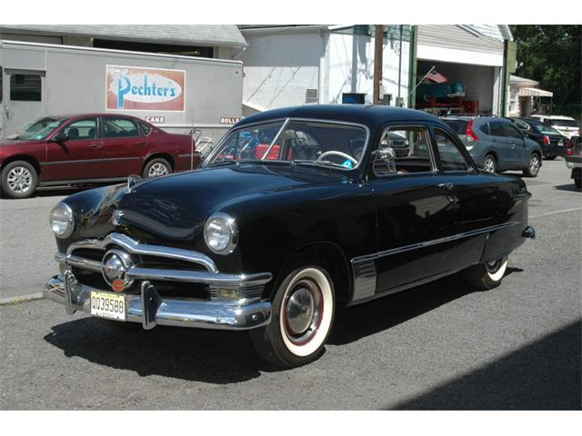 1950 Ford Business Coupe Deluxe | 877210