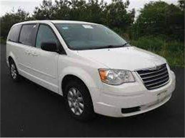 2009 Chrysler Town & Country | 877360