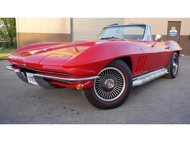 1965 Chevrolet Corvette | 877427