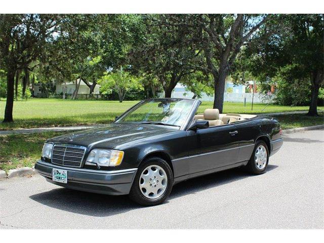 1995 Mercedes-Benz E-Class | 877435