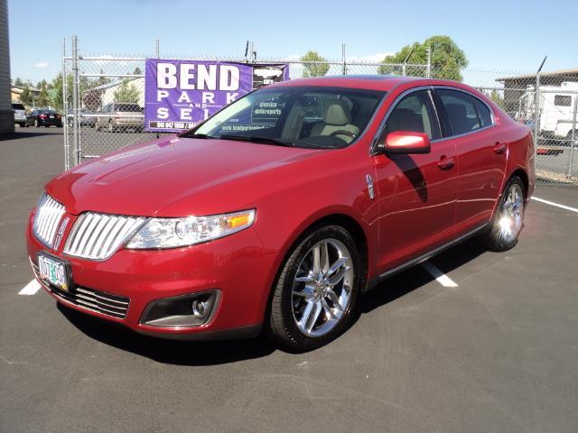 2009 Lincoln MKS Sedan 4D | 877484