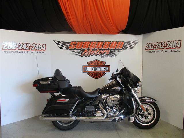 2015 Harley-Davidson® FLHTCU - Electra Glide® Ultra Classic® | 877544