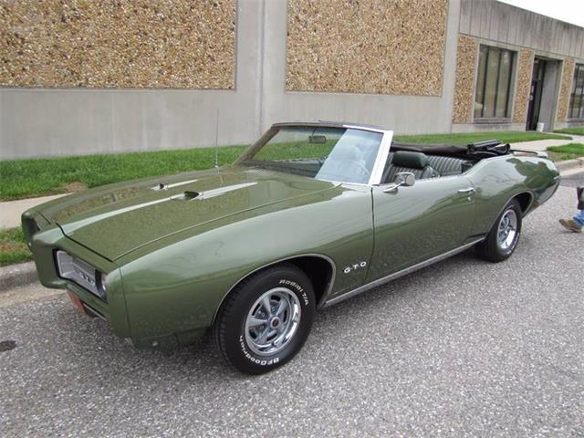 1969 Pontiac GTO | 877608
