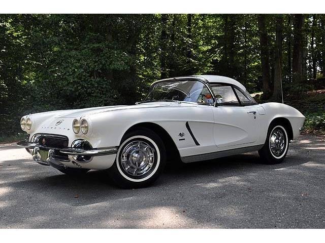 1962 Chevrolet Corvette | 877695