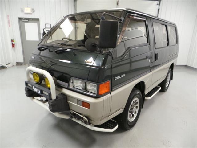 1988 Mitsubishi DELICA EXCEED | 877978