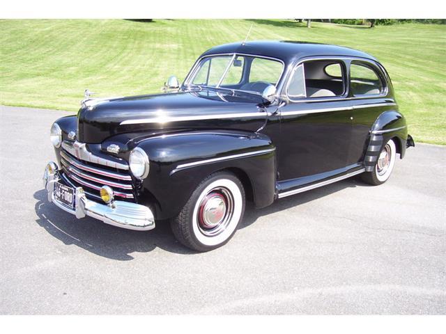 1946 Ford Tudor   878092