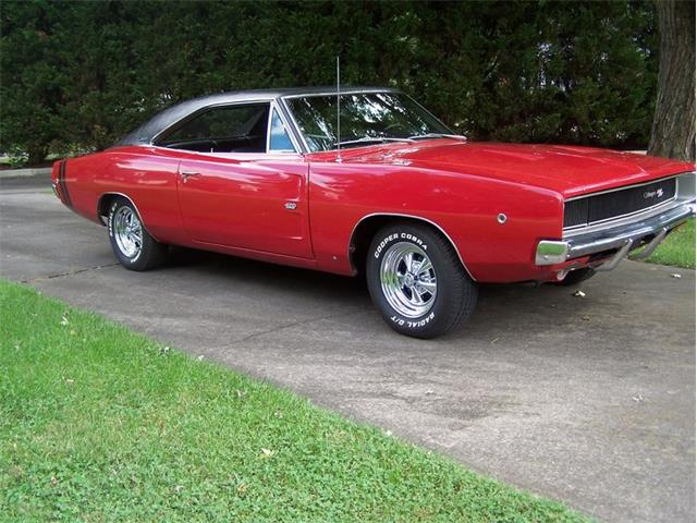 1968 Dodge Charger R/T | 878112