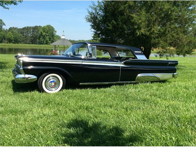 1959 Ford Fairlane 500 | 878141
