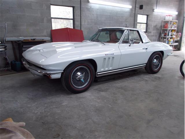 1965 Chevrolet Corvette | 878161