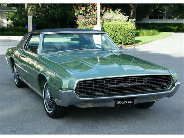 1967 Ford Thunderbird | 878221