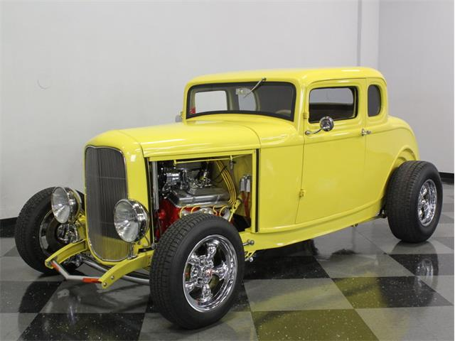 1932 Ford 5-Window Coupe | 878263