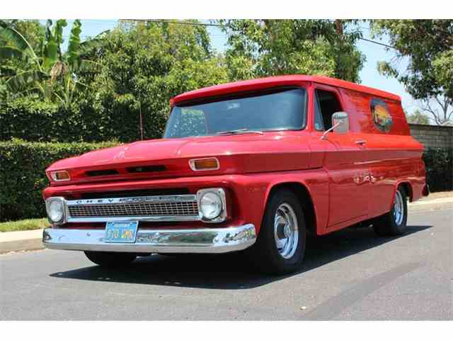 1965 Chevrolet Panel Truck | 878430
