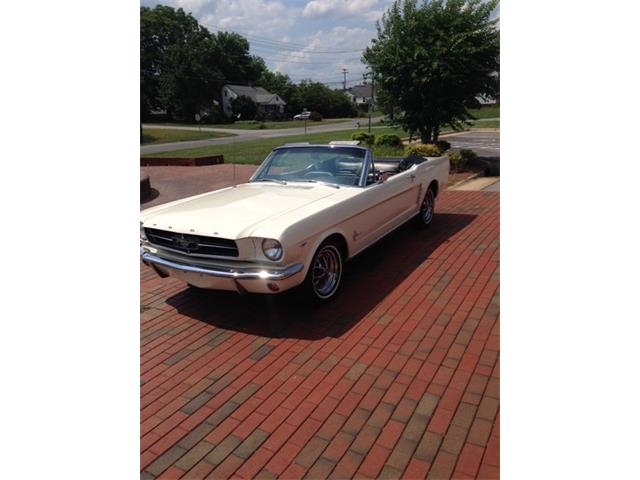 1965 Ford Mustang | 878550