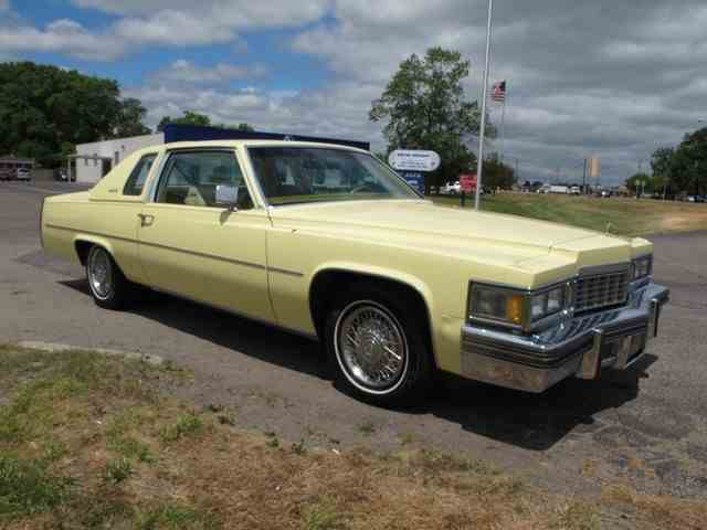 1977 Cadillac Coupe DeVille | 878766