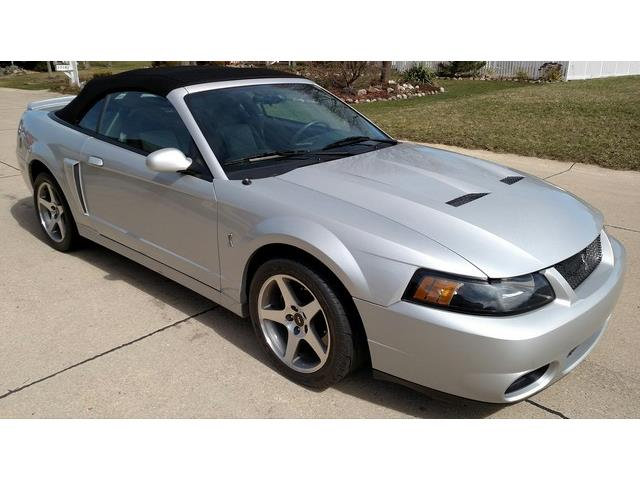 2003 Ford Mustang | 878768