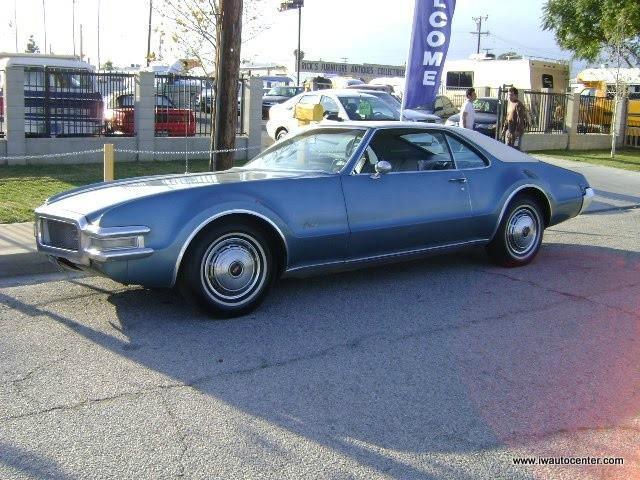 1968 Oldsmobile Toronado | 878835