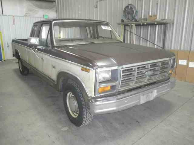 1982 Ford F-Series | 878887