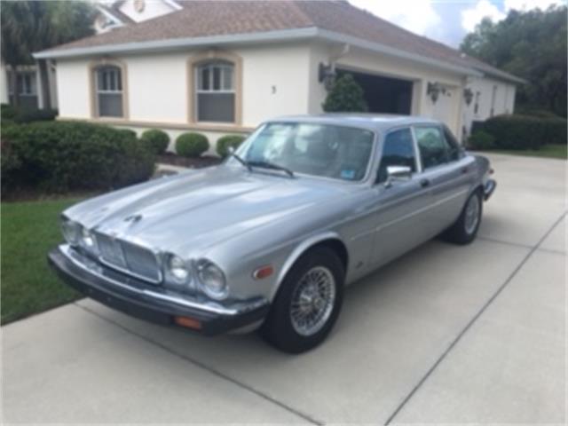 1987 Jaguar XJ6 | 879098