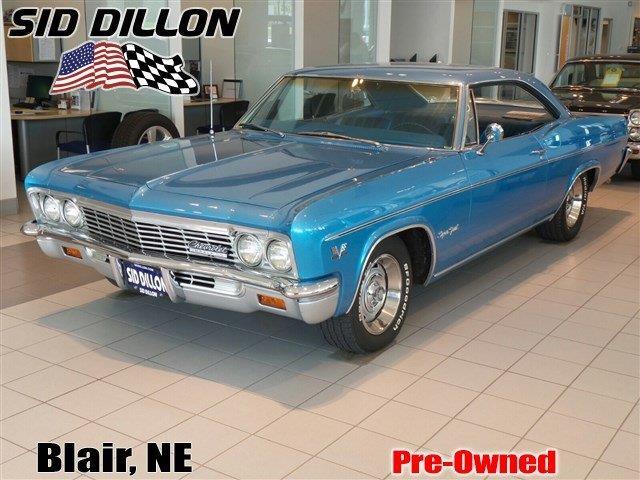 1966 Chevrolet Impala | 879354