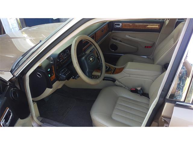 1990 Jaguar Vanden Plas | 879374