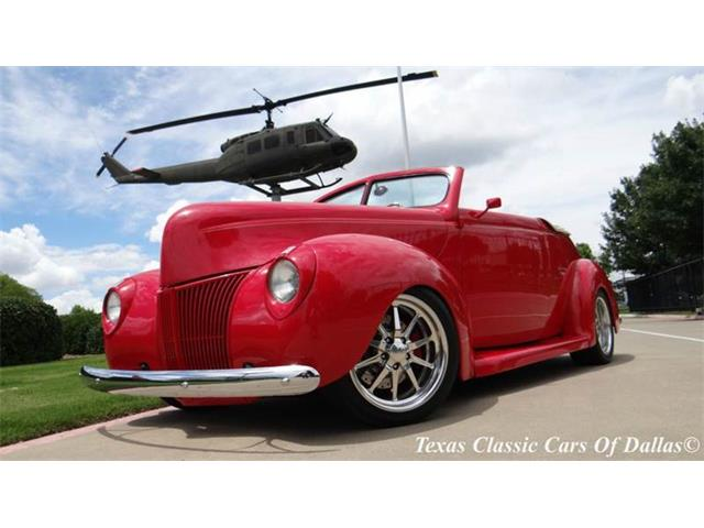 1940 Ford Cabriolet | 879403