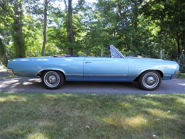 1965 Oldsmobile Cutlass | 879420