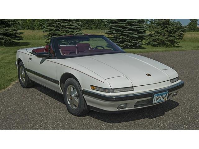 1990 Buick Reatta | 879422