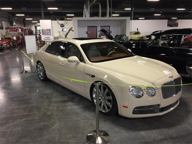 2014 Bentley Flying Spur | 879483