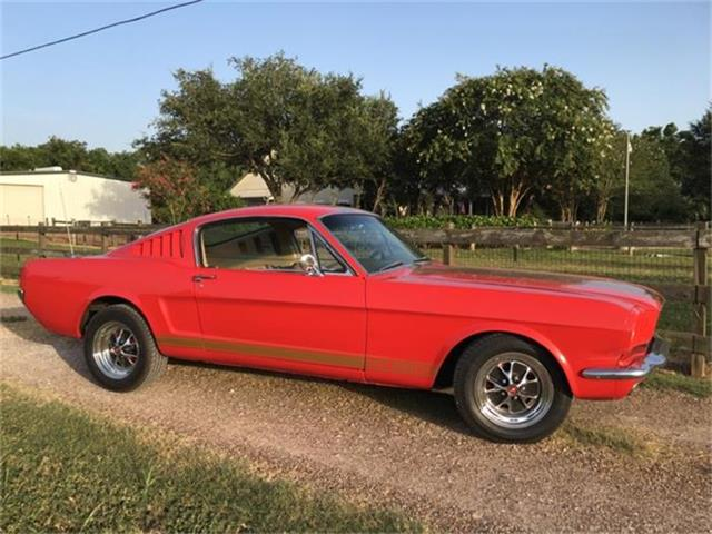 1965 Ford Mustang | 879536