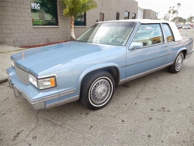 1988 Cadillac DeVille | 879701