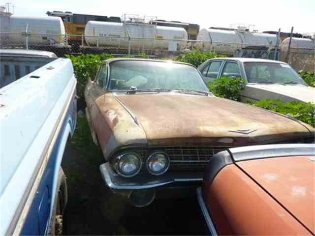 1961 Cadillac Coupe DeVille | 879714