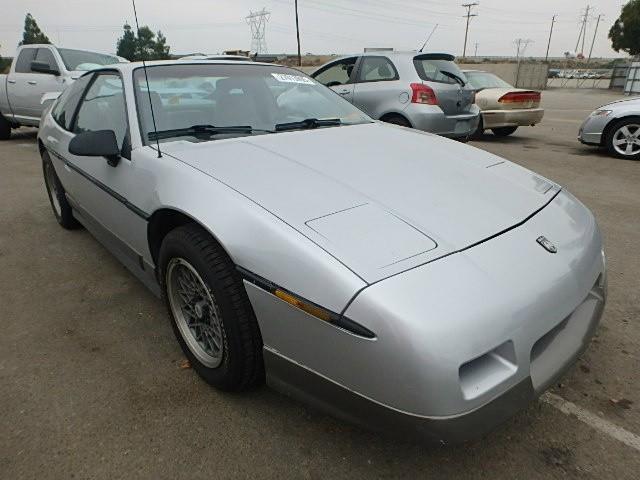 1986 Pontiac Fiero | 879752
