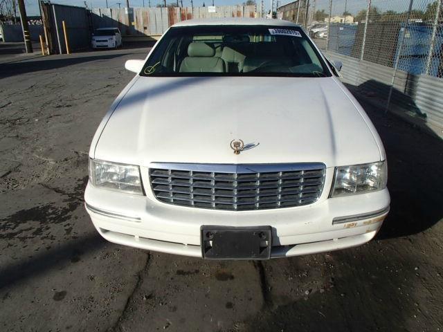 1998 Cadillac Fleetwood | 879772