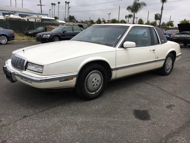 1991 Buick Riviera | 879848