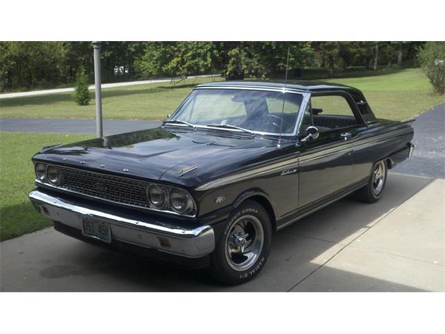 1963 Ford Fairlane 500 | 879879
