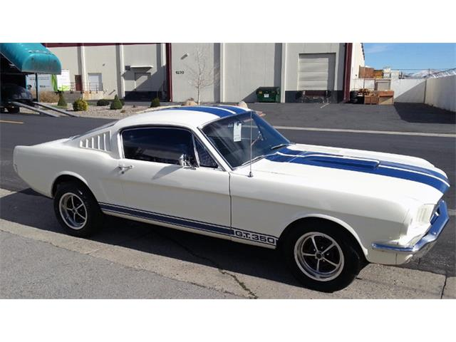 1965 Ford Mustang | 879947