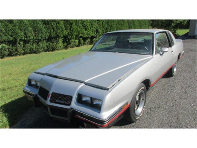 1986 Pontiac Grand Prix | 879989