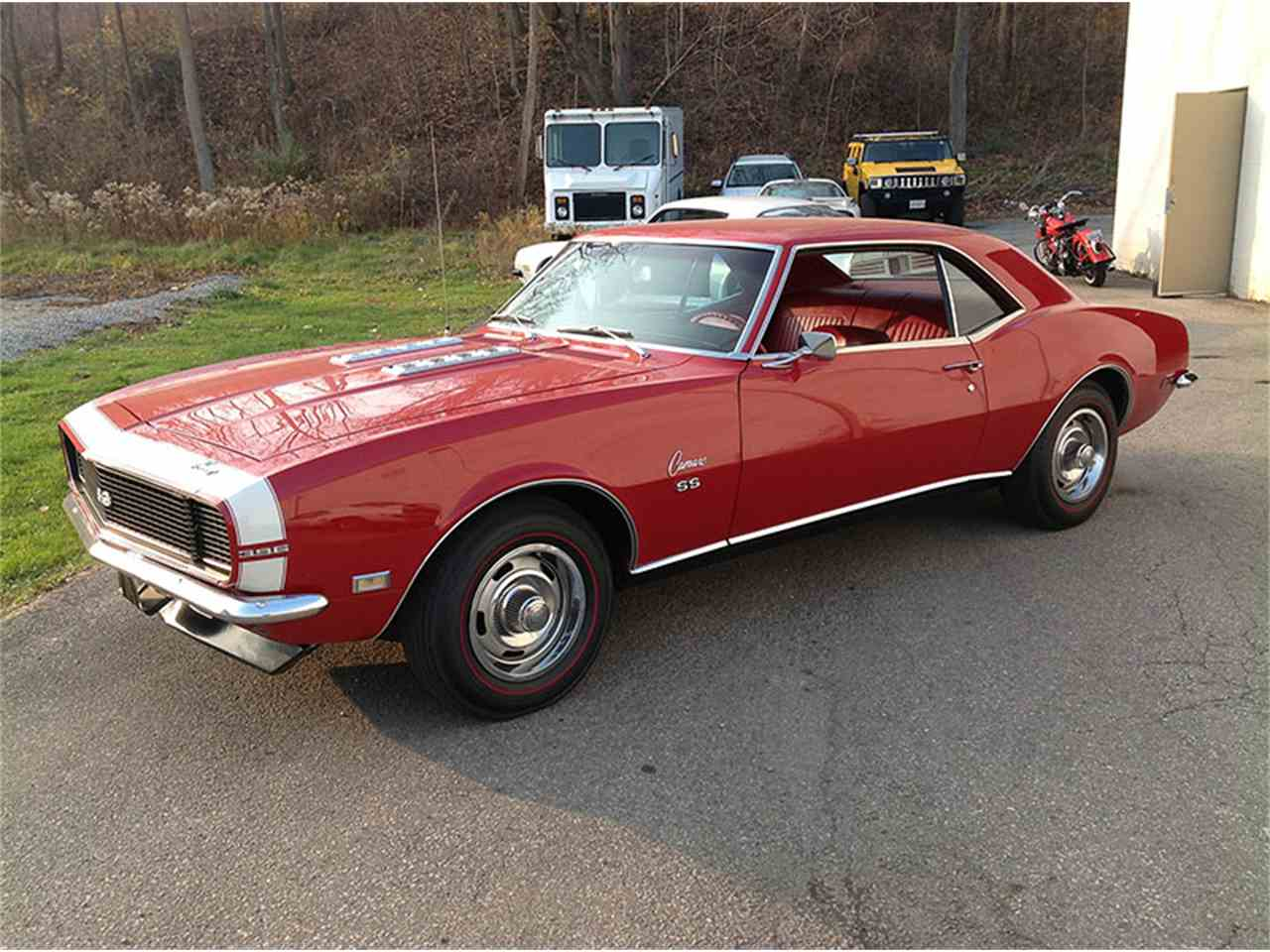 Large Picture of '68 Camaro - IVVU
