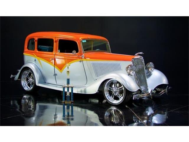 1934 Ford SEDAN B | 881196