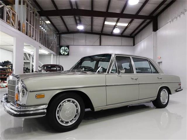 1971 Mercedes-Benz 300SEL | 881311