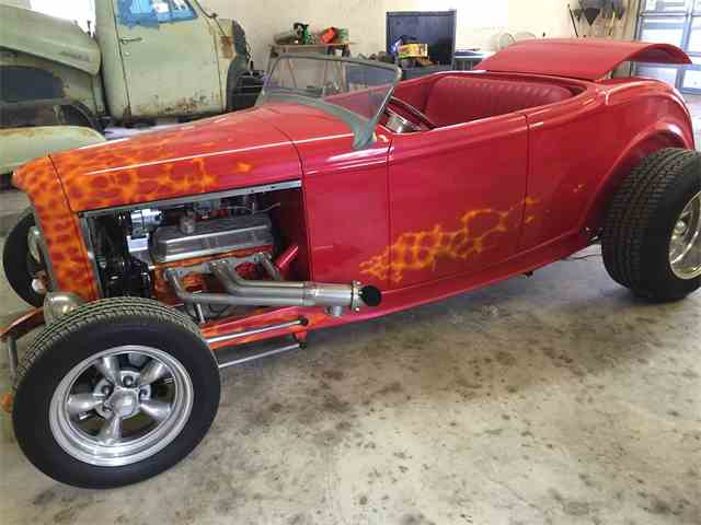 1932 Ford Roadster | 881333