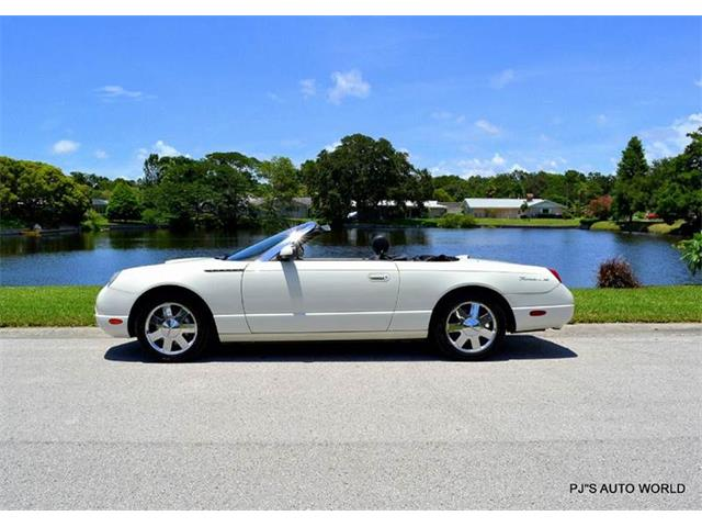 2002 Ford Thunderbird | 881361