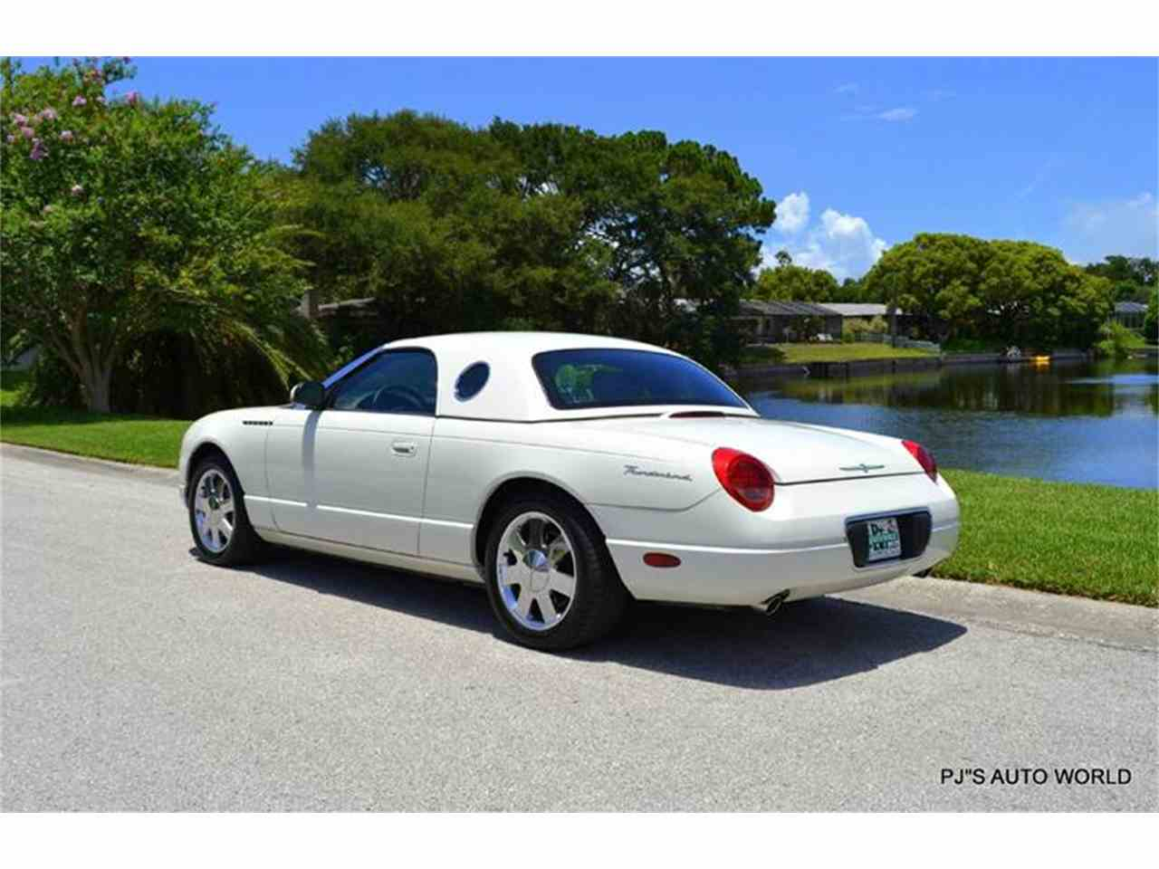 Large Picture of '02 Thunderbird - IW29